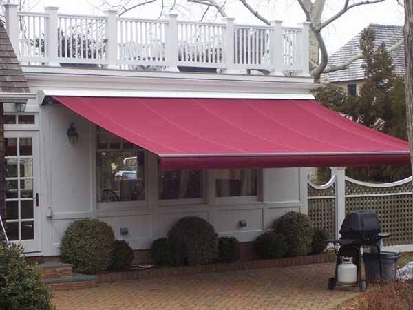 Retractable awnings for your home or Store